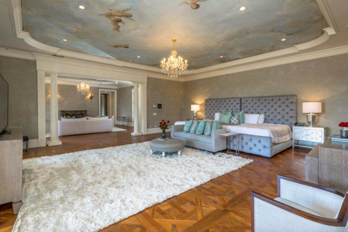 $29.9 Million French Chateau Mansion in Beverly Hills California 11