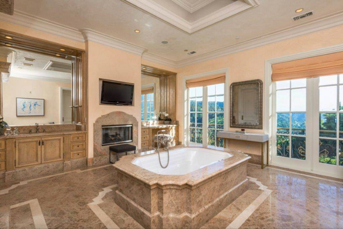 $29.9 Million French Chateau Mansion in Beverly Hills California 12
