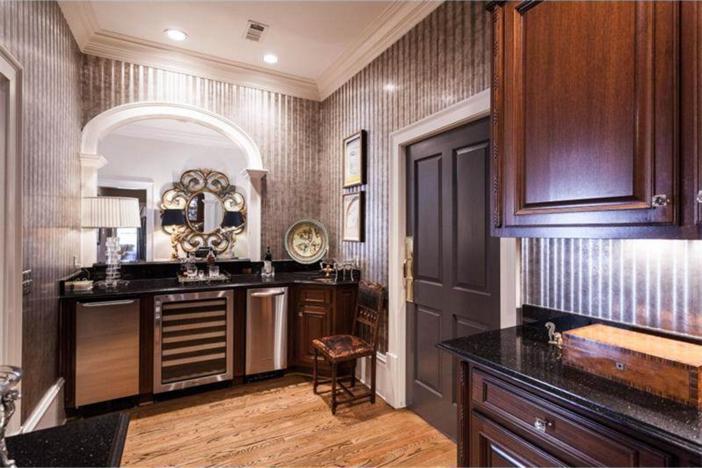 $3.4 Million Elegant Traditional Estate in Georgia 10