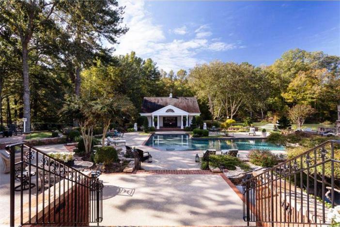 $3.4 Million Elegant Traditional Estate in Georgia 21