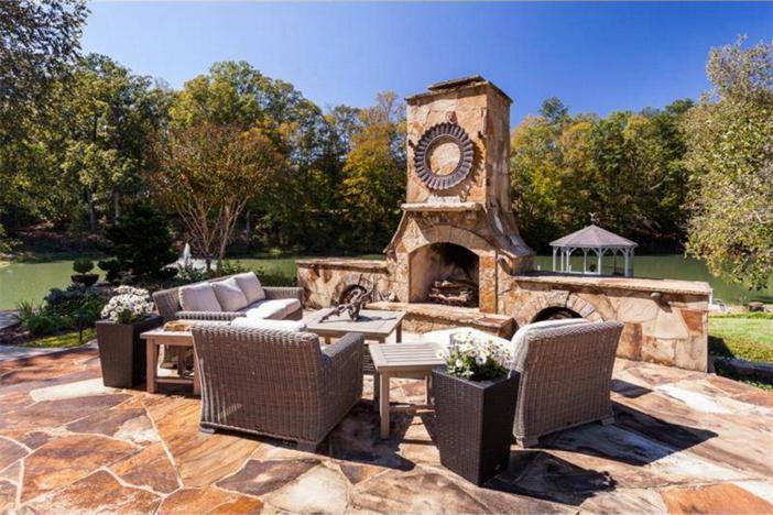 $3.4 Million Elegant Traditional Estate in Georgia 4