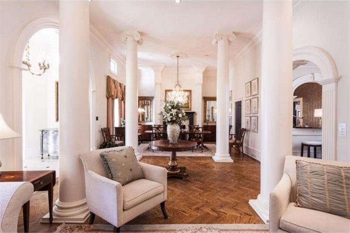 $3.4 Million Elegant Traditional Estate in Georgia 9