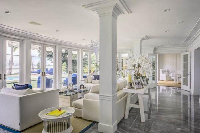 $33 Million Prestigious Waterfront Estate in Miami Florida 10
