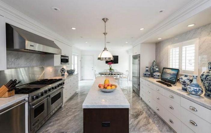$33 Million Prestigious Waterfront Estate in Miami Florida 15