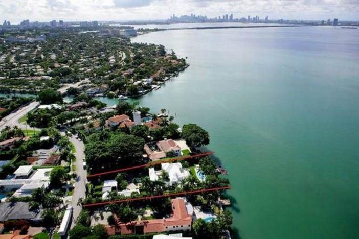 $33 Million Prestigious Waterfront Estate in Miami Florida 19