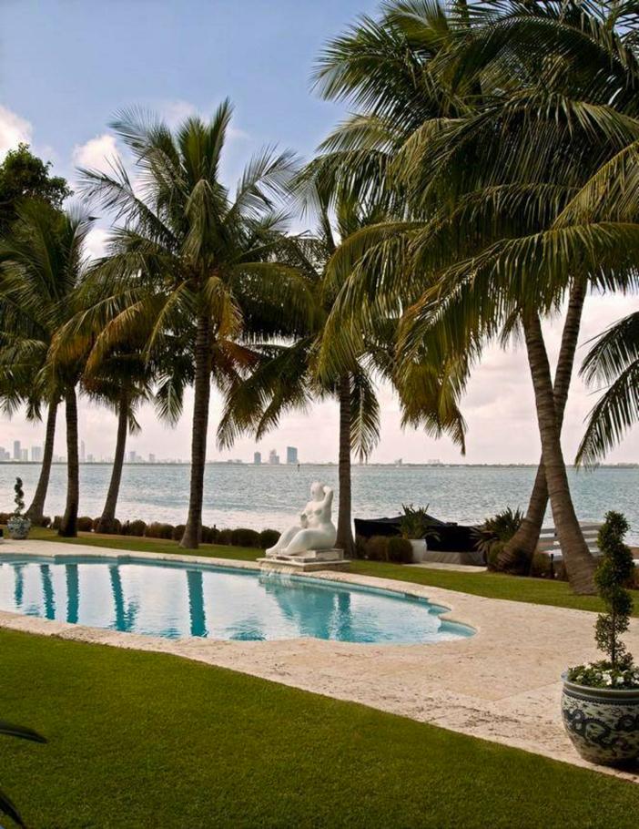$33 Million Prestigious Waterfront Estate in Miami Florida 4