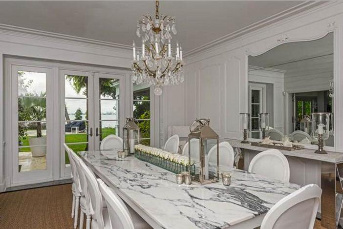 $33 Million Prestigious Waterfront Estate in Miami Florida 9