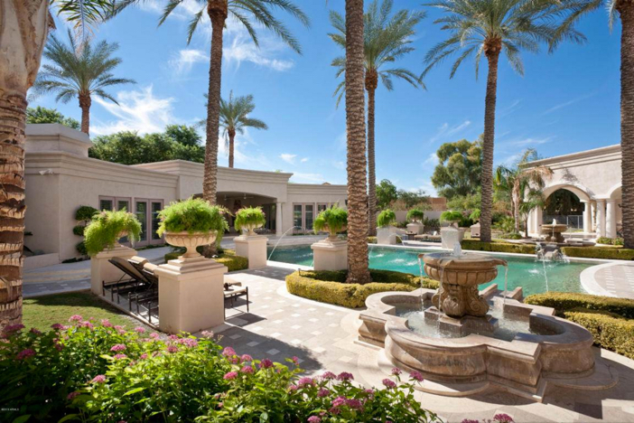 $6.2 Million Luxury Estate with Mountain Views in Paradise Valley Arizona 17