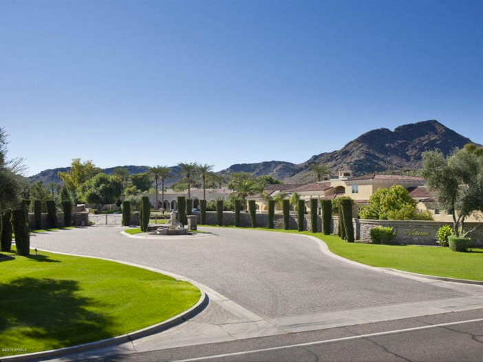 $6.2 Million Luxury Estate with Mountain Views in Paradise Valley Arizona 2