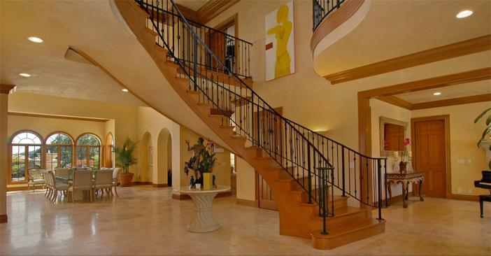 $18.5 Million Mediterranean Mansion and Vineyard in California 10