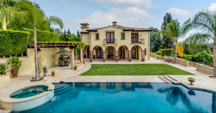 $35 Million Private and Gated Italian Villa in Beverly Hills California 27