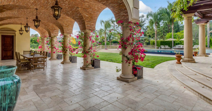 $35 Million Private and Gated Italian Villa in Beverly Hills California 29