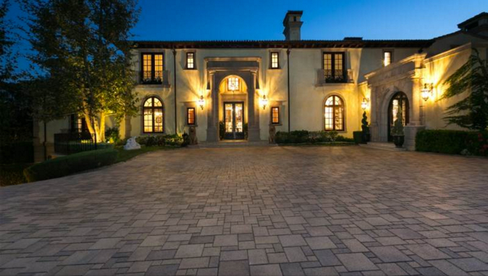 $35 Million Private and Gated Italian Villa in Beverly Hills California 3