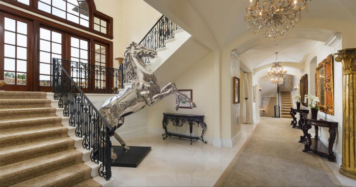 $35 Million Private and Gated Italian Villa in Beverly Hills California 7