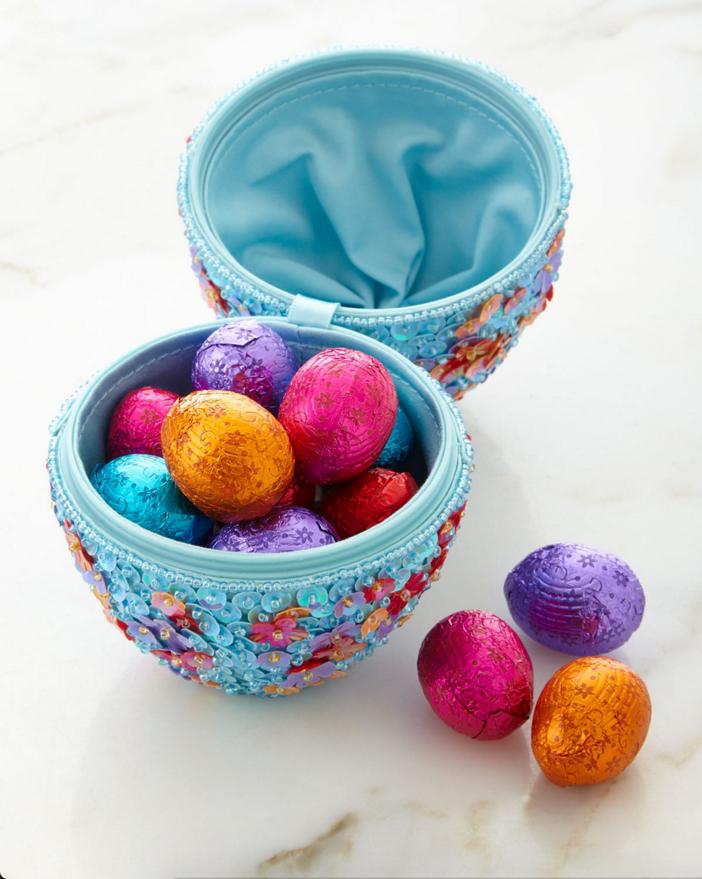 Godiva Beaded Egg with Chocolates 3