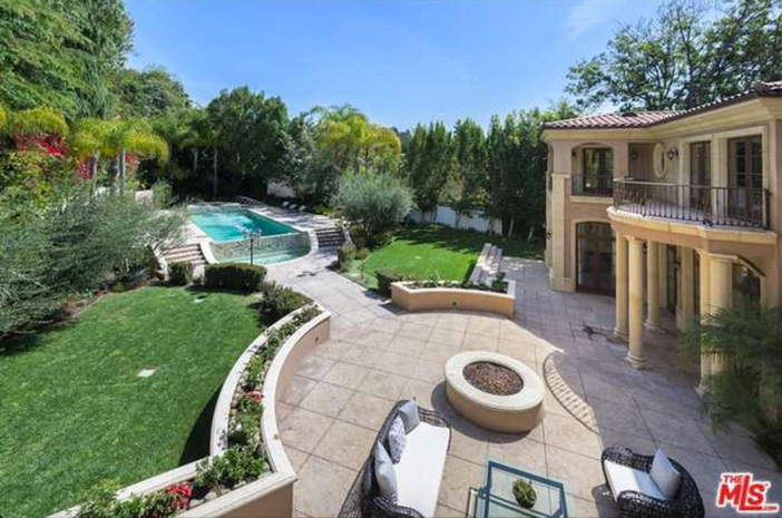 $12.9 Million Tuscan Mediterranean Villa in Beverly Hills 18