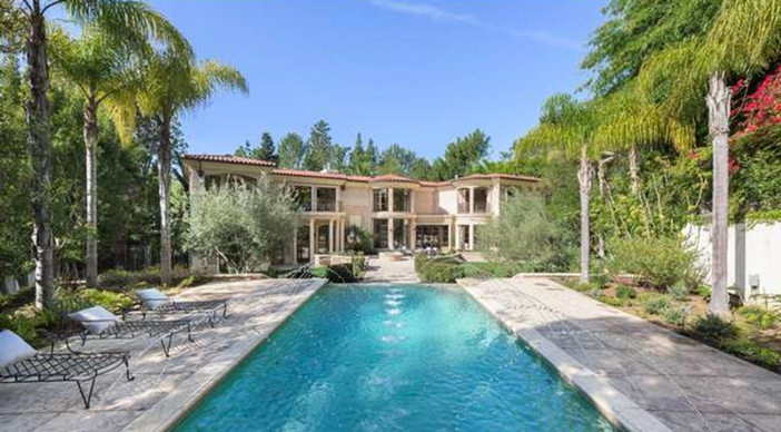 $12.9 Million Tuscan Mediterranean Villa in Beverly Hills 19