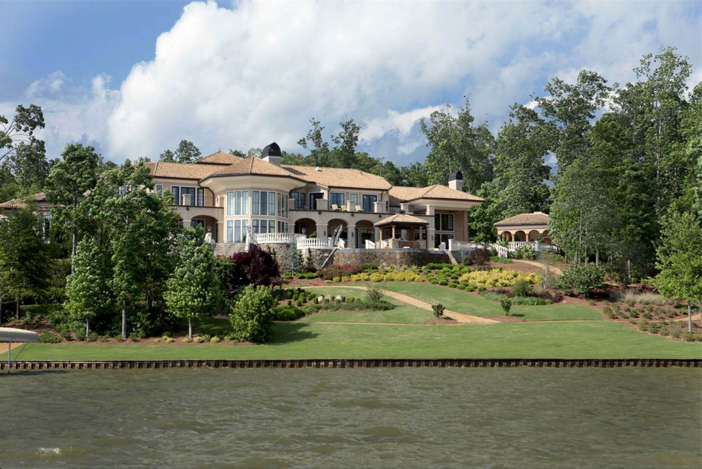$10.5 Million Lakefront Opulence in Greensboro Georgia