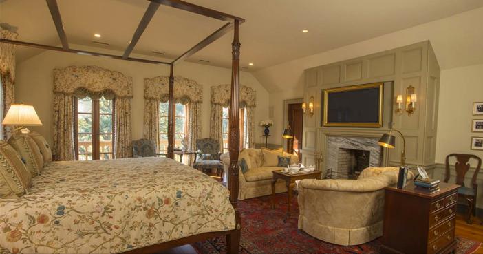 $5.9 Million European Style Lakefront Estate in Charleston South Carolina 8