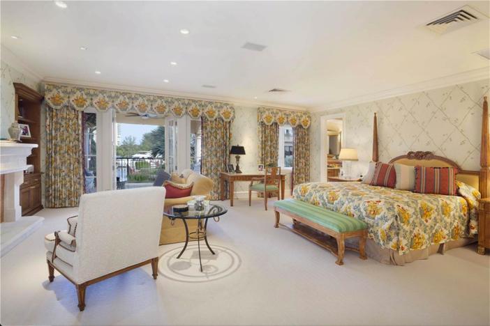 $6.9 Million Lake Como-Inspired Point Estate in Boca Raton Florida 13