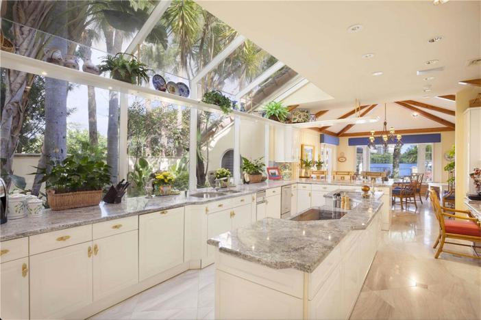 $6.9 Million Lake Como-Inspired Point Estate in Boca Raton Florida 6