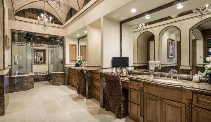 $8.9 Million Elegant Estate in Scottsdale Arizona 14