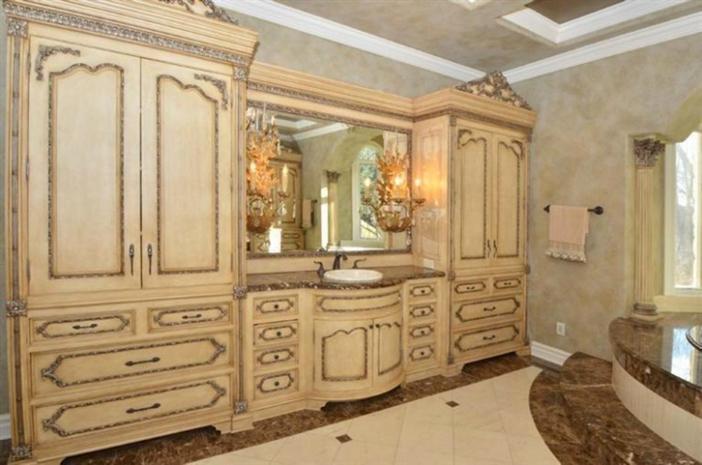 $3.9 Million Exquisite European Manor in Indian Hill Ohio 11