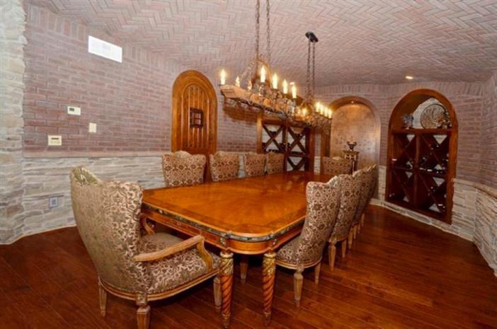 $3.9 Million Exquisite European Manor in Indian Hill Ohio 13