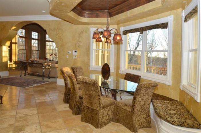 $3.9 Million Exquisite European Manor in Indian Hill Ohio 8