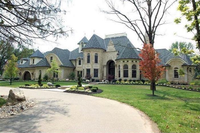 Estate Of The Day 3 9 Million Exquisite European Manor