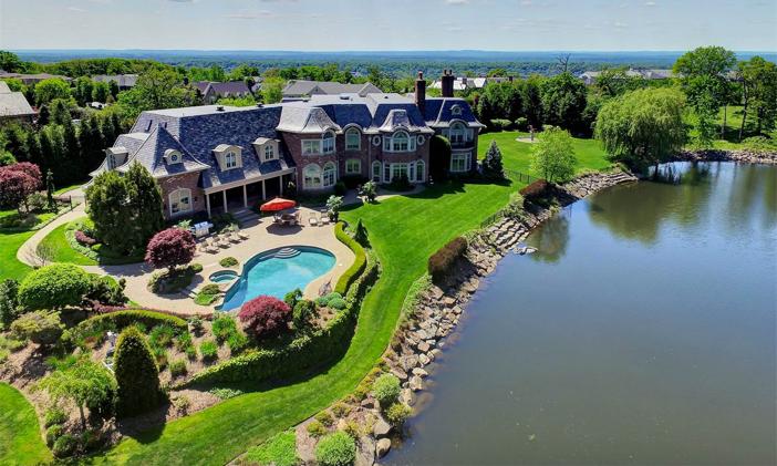 $9.9 Million Luxury Entertainer's Mansion in Alpine New Jersey 15