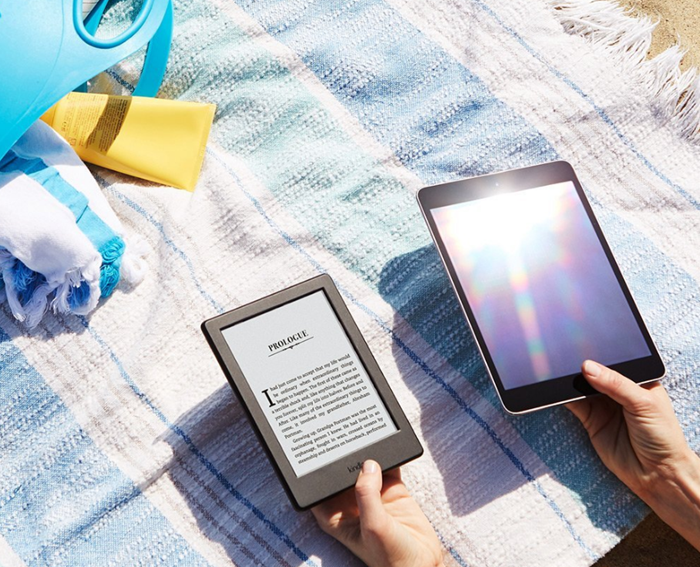 Amazon-Kindle-Read-Outside-Glare