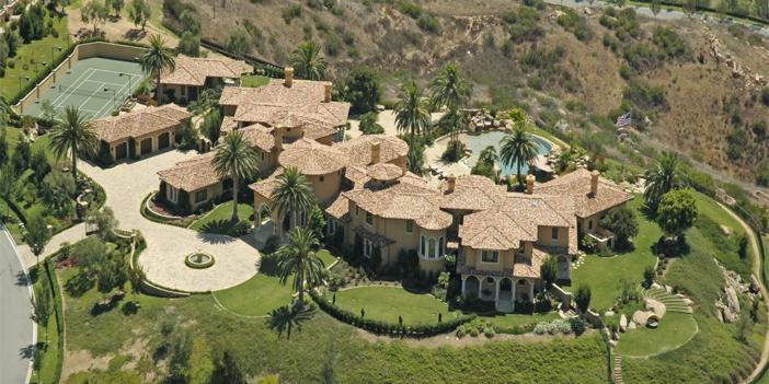 $15.9 Million Casa Piena Mansion in California 9