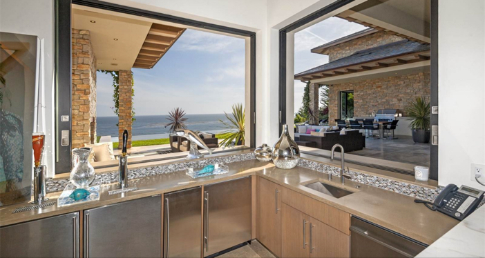 $24.9 Million Splendid Marisol Estate in Malibu California 9