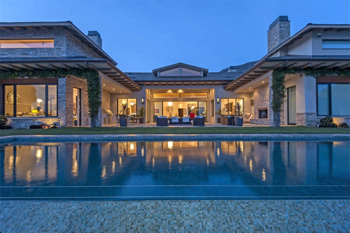 $24.9 Million Splendid Marisol Estate in Malibu California