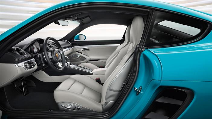 Porsche 718 Cayman S 8