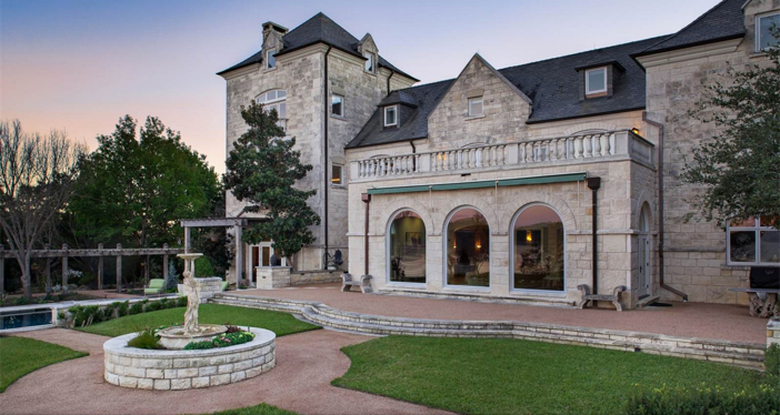 $19.9 Million Commander's Point English Manor in Austin Texas 19