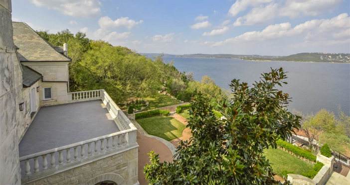 $19.9 Million Commander's Point English Manor in Austin Texas 23