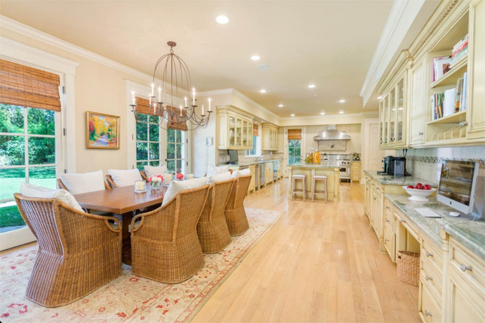 12-9-million-nantucket-classic-in-brentwood-california-10