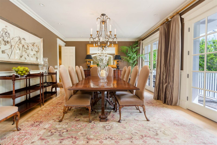 12-9-million-nantucket-classic-in-brentwood-california-11