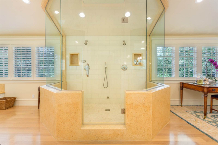 12-9-million-nantucket-classic-in-brentwood-california-13