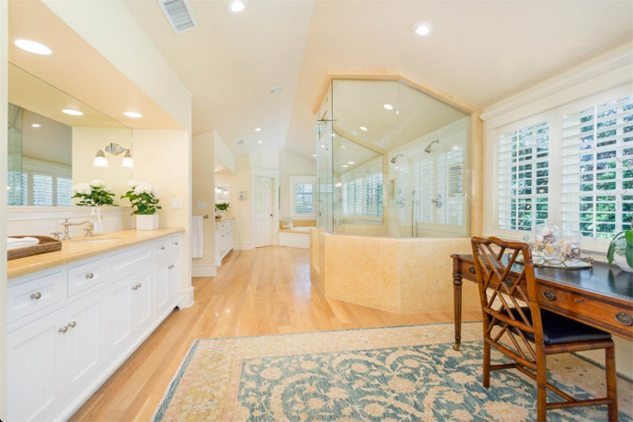 12-9-million-nantucket-classic-in-brentwood-california-14