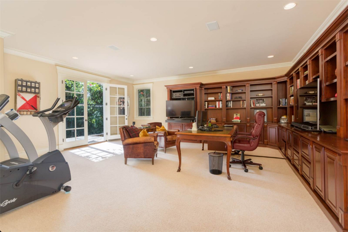 12-9-million-nantucket-classic-in-brentwood-california-15