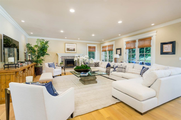 12-9-million-nantucket-classic-in-brentwood-california-2