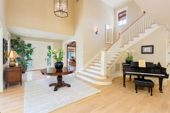12-9-million-nantucket-classic-in-brentwood-california-5