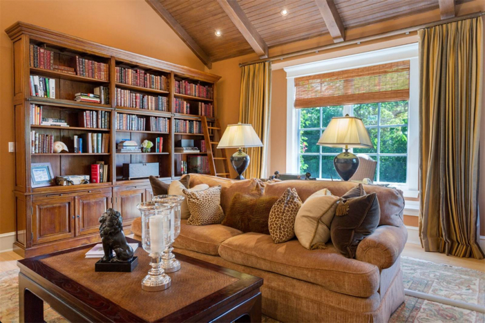 12-9-million-nantucket-classic-in-brentwood-california-7