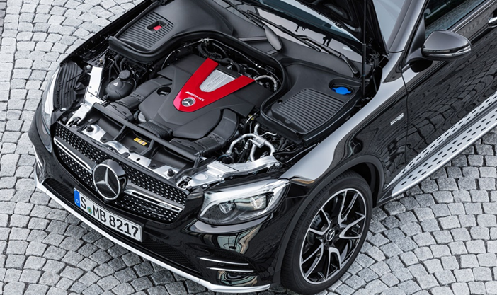 2017-Mercedes-AMG-GLC43-Engine