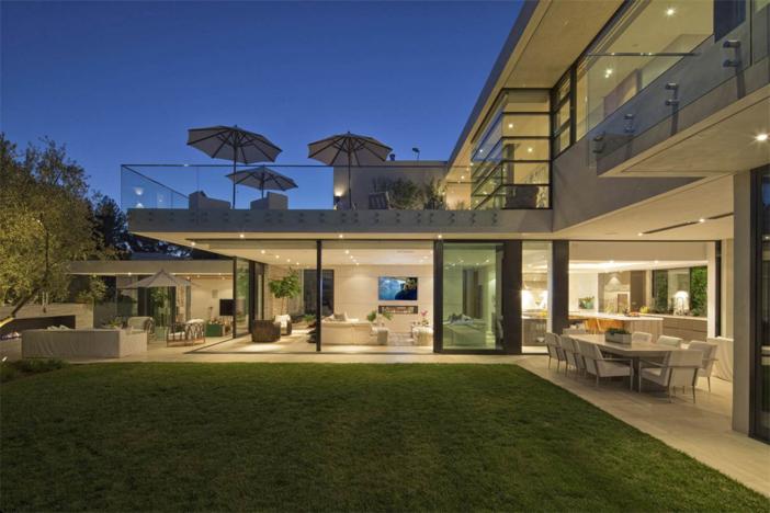 10-9-million-contemporary-masterpiece-in-los-angeles-california-10