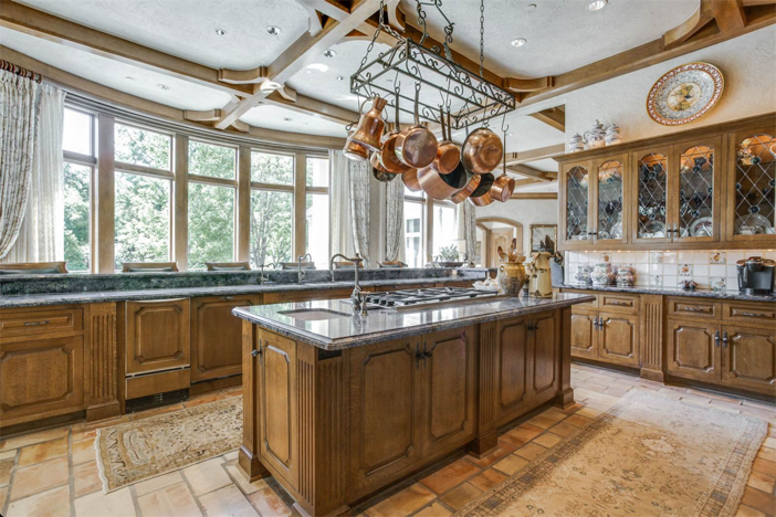11-5-million-french-country-estate-in-dallas-texas-12