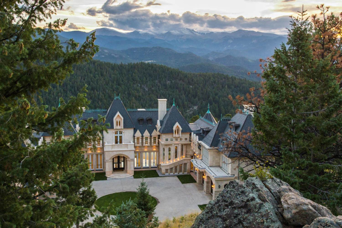 17-5-million-biltmore-mansion-inspired-home-in-colorado-28